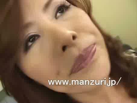 三十路の人妻のオナニー無料jyukujyo動画。       【三十路熟女がエッチするアダルト動画】残業していると急にオナニーをしたくなる人妻
